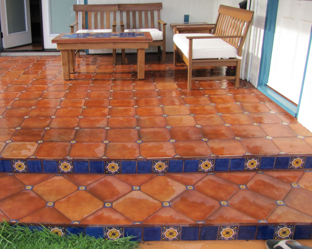 Mexican Floor Tile Combined With Talavera Tile Inserts, Mexican Home Decor  Projects Gallery