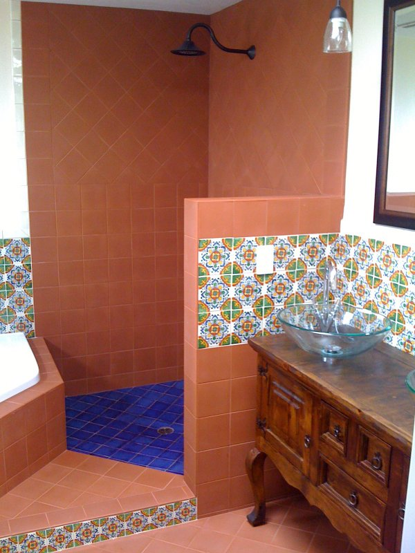 Terracotta mexican tile in a shower mexican home decor for Terracotta bathroom ideas