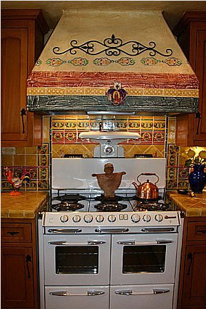 Mexican Home Decor on Backsplash And Rangehood Mexican Tile  Mexican Home Decor Gallery