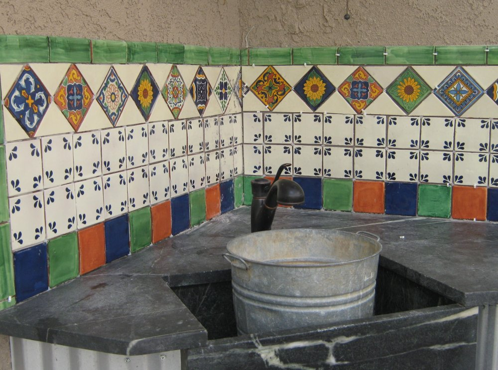 Outdoors Tile Backsplash, Mexican Home Decor Gallery. Mission