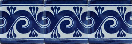 Caracol azul Talavera Mexican Tile Close-Up