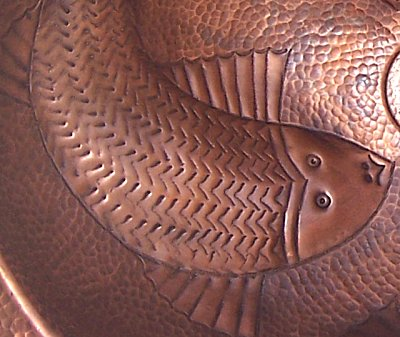 Embossed Fish Hammered Oval Bathroom Copper Sink Close-Up